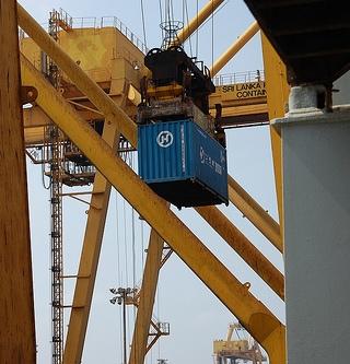 Sri Lanka Port Handles First Large Capacity Box Ship
