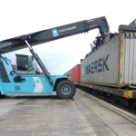 Maersk Line to simplify surcharges by 2013