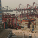 HK container volume shrinks 5.3% in 2012
