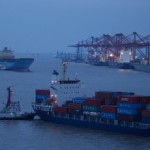 Shanghai port's 2012 box traffic reaches 32.5M TEUs