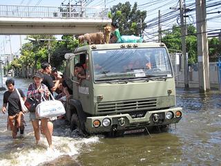floods thailand
