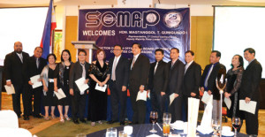 At the recent induction of SCMAP officers were, from L to R, committee chairpersons Carlo Curay (Communications); Al Lagera (Academe); Annette Camangon (Special Projects); and Elsie Oafallas (Finance); director for Land and Air committee Reyna Cano; vice-president Cora Curay; guest of honor Rep. Magtanggol Gunigundo I; president Arnel Gamboa; director Manuel Onrejas, Jr; director for Inbound Logistics committee Rolly Lazo; PRO Jess Sarmiento; auditor Henry Batallones; committee chair for Membership Ana Rose Ochoa; and secretary Max Yap. Not in photo are Angelito Nepomuceno, treasurer; Donny Quinto, director for Communications committee; and Avelino Acedo, chair of the Green Logistics committee.