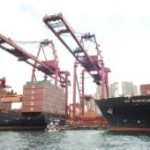 Zim, CSCL fall deeper into red