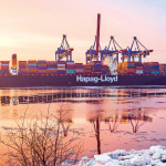 Hapag-Lloyd swings to profit with CSAV merger