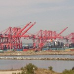 Drewry projects marked downtrend in box port profitability
