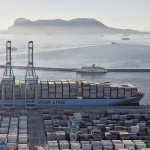 Maersk Line reports plunging 2015 profits, expects worse in 2016