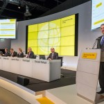 Deutsche Post DHL hit 2015 earnings target, set record Q4 profit