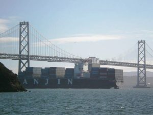 hanjin_shipping_cargo_ship_in_sf_bay